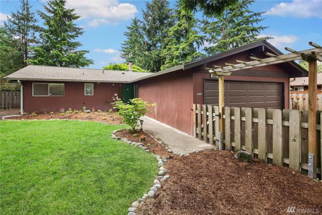 9021 NE 137th St, Kirkland, WA 98034 (#1462320) :: Kimberly Gartland Group