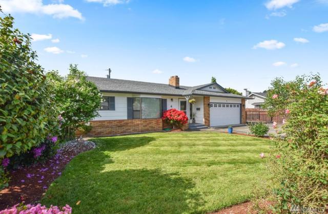 4 Northlake Place, Longview, WA 98632 (#1462433) :: The Kendra Todd Group at Keller Williams