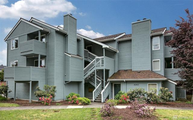 9242 Woodlawn Ave N D, Seattle, WA 98103 (#1462500) :: Ben Kinney Real Estate Team