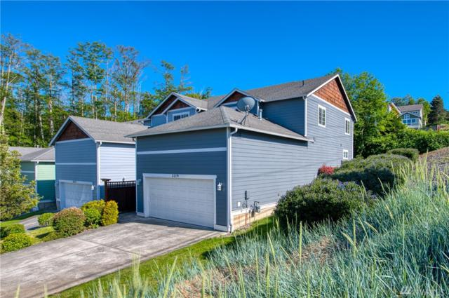 2119 19 Th St A-1, Anacortes, WA 98221 (#1463348) :: Ben Kinney Real Estate Team