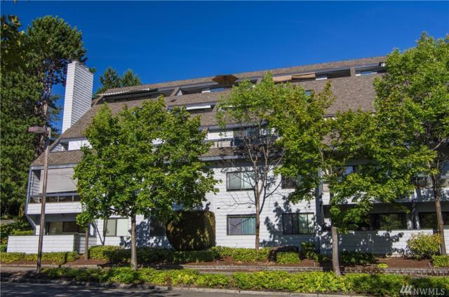 3030 80th Ave SE #310, Mercer Island, WA 98040 (#1463642) :: Homes on the Sound