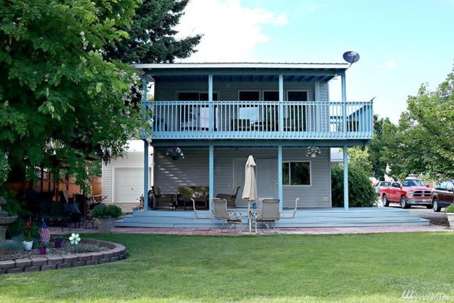 210 Bartlett Ave E, Omak, WA 98841 (MLS #1465406) :: Nick McLean Real Estate Group