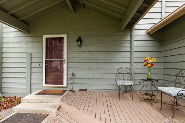 2185 Westwood Place, Oak Harbor, WA 98277 (#1465527) :: Platinum Real Estate Partners