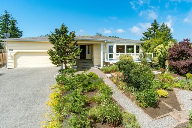 6748 Viewmont Dr, Clinton, WA 98236 (#1467864) :: Pickett Street Properties
