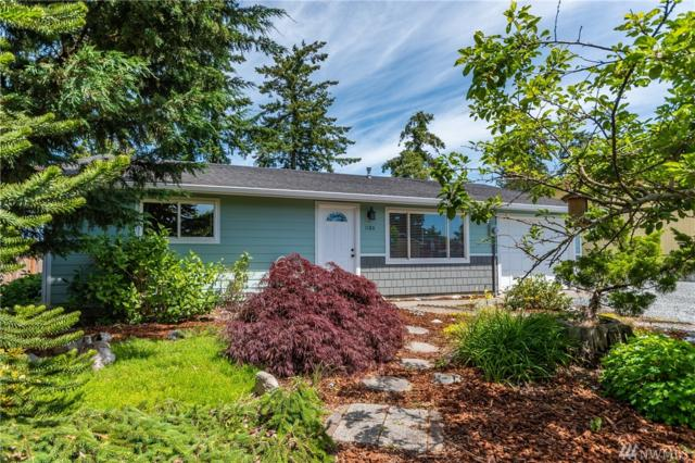 1180 W Ridgeway, Oak Harbor, WA 98277 (#1468114) :: Ben Kinney Real Estate Team