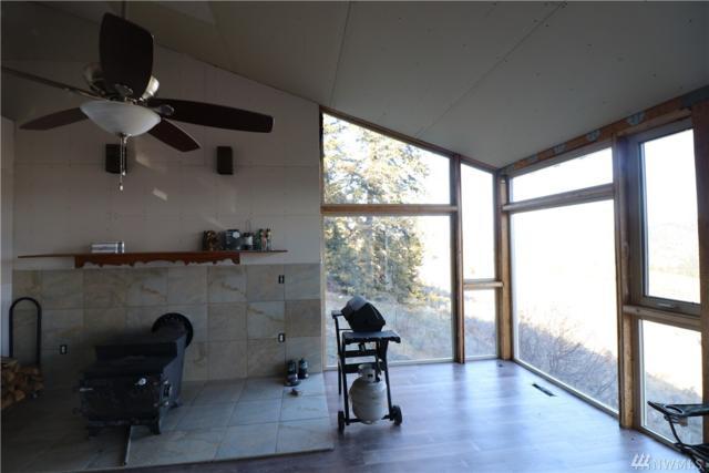 18 3rd Rd, Loomis, WA 98827 (#1468704) :: Platinum Real Estate Partners