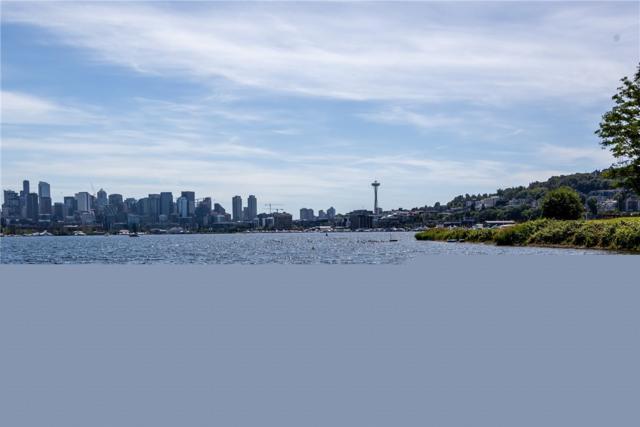 2143 N Northlake Way #66, Seattle, WA 98103 (#1469259) :: Kimberly Gartland Group