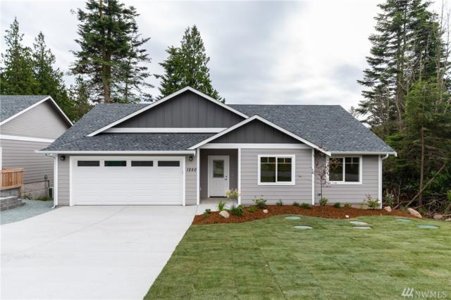 1250 Rickover Dr, Coupeville, WA 98239 (#1469479) :: Kwasi Homes