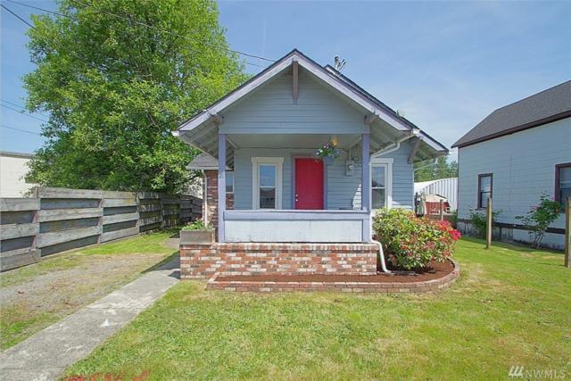 437 Rainier Ave, Enumclaw, WA 98022 (#1469541) :: Platinum Real Estate Partners
