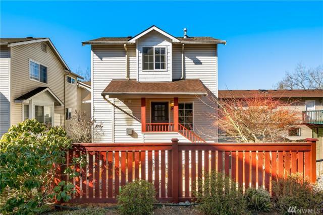 12742 35th Ave NE F, Seattle, WA 98125 (#1469956) :: Kimberly Gartland Group