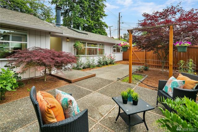 10324 NE 28th Place, Bellevue, WA 98004 (#1470536) :: Real Estate Solutions Group