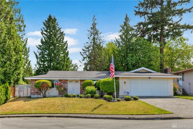 900 147th Ave SE, Bellevue, WA 98007 (#1471183) :: Platinum Real Estate Partners