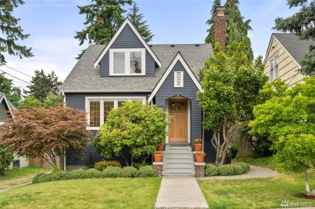 826 NE 91st St, Seattle, WA 98115 (#1472201) :: Record Real Estate