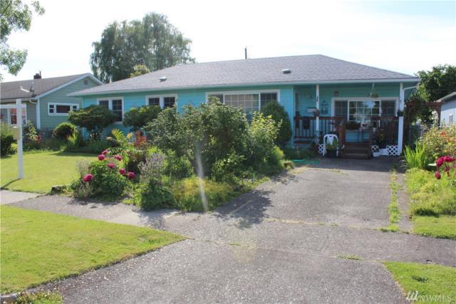 467 28th Ave, Longview, WA 98632 (#1472314) :: Kwasi Homes