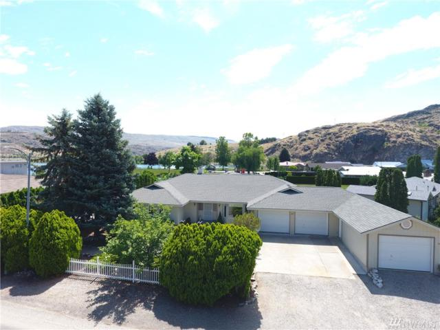 477 Warren Ave, Pateros, WA 98846 (MLS #1472381) :: Nick McLean Real Estate Group
