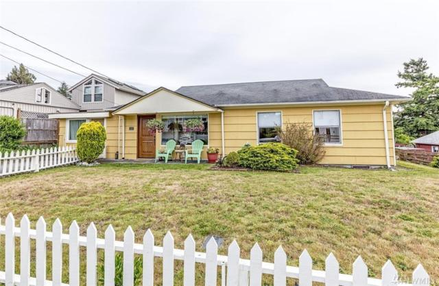 819 S Street, Port Townsend, WA 98368 (#1472453) :: Platinum Real Estate Partners