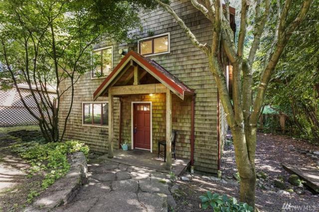 10049 Ne Beach Crest Drive, Bainbridge Island, WA 98110 (#1472628) :: Mosaic Home Group