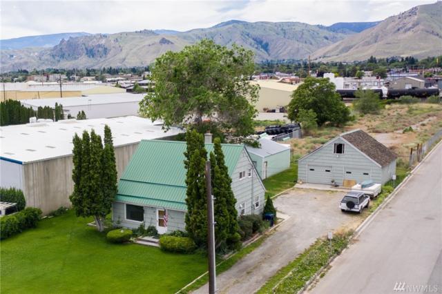1110 Walla Walla Ave, Wenatchee, WA 98801 (#1473018) :: Record Real Estate