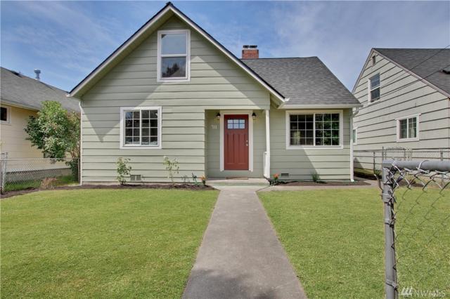 711 8th St SE, Auburn, WA 98002 (#1474362) :: Crutcher Dennis - My Puget Sound Homes