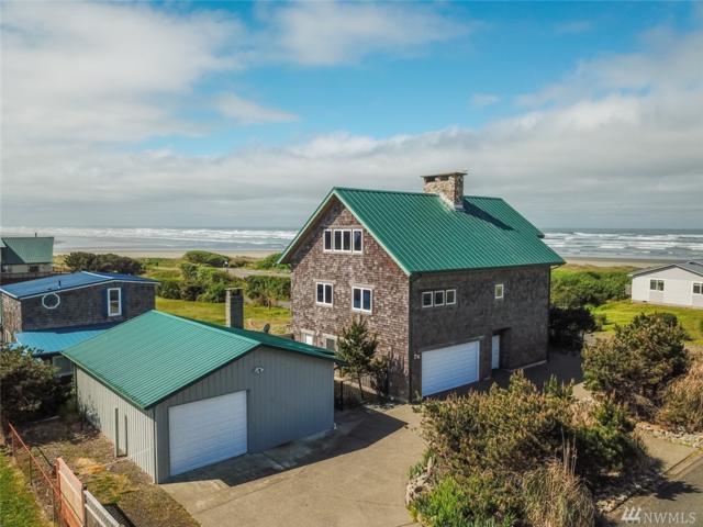 21 S 1st St, Pacific Beach, WA 98571 (#1474971) :: Ben Kinney Real Estate Team