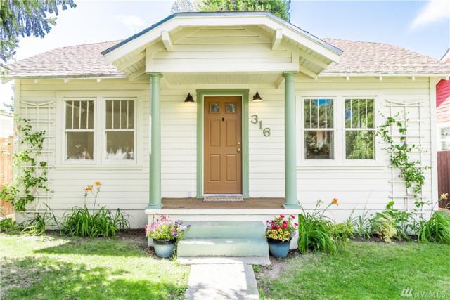 316 E Okanagon, Chelan, WA 98816 (#1476941) :: Mosaic Home Group