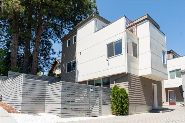 2216 W Emerson St, Seattle, WA 98199 (#1477783) :: Platinum Real Estate Partners
