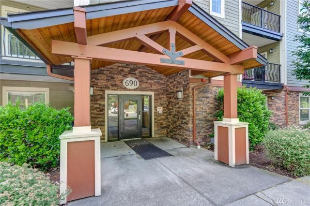 690 32nd St B-206, Bellingham, WA 98225 (#1477926) :: Crutcher Dennis - My Puget Sound Homes