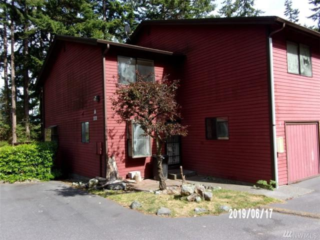 111 NW Columbia Dr A-1, Oak Harbor, WA 98277 (#1480302) :: Costello Team