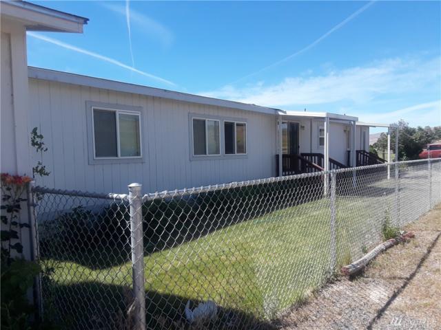 1302 Shotgun Lane, Yakima, WA 98901 (#1480431) :: Better Properties Lacey
