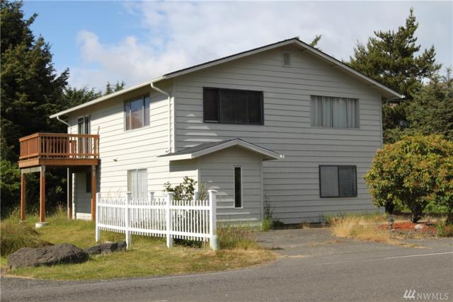 889 Ocean Shores Blvd, Ocean Shores, WA 98569 (#1480600) :: Kimberly Gartland Group