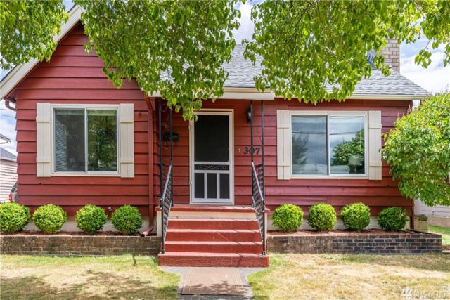 307 17th St NW, Puyallup, WA 98371 (#1480621) :: Sarah Robbins and Associates