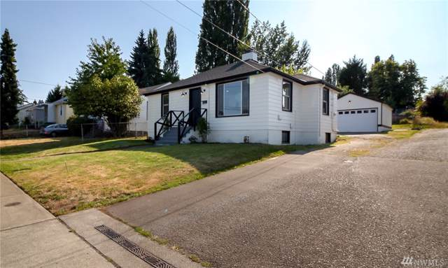 13715 37th Ave S, Tukwila, WA 98168 (#1481117) :: Keller Williams Realty Greater Seattle