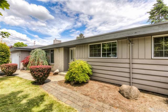 825 17th St Nw, Puyallup, WA 98371 (#1481241) :: Platinum Real Estate Partners