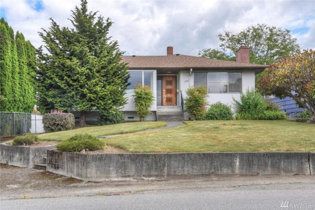 1570 Naval Ave, Bremerton, WA 98312 (#1481790) :: Costello Team
