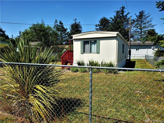 22405 S Place, Ocean Park, WA 98640 (#1483505) :: Keller Williams Realty