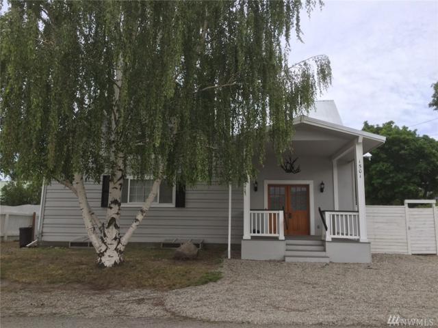 1501 Fir St, Oroville, WA 98844 (#1483681) :: Platinum Real Estate Partners