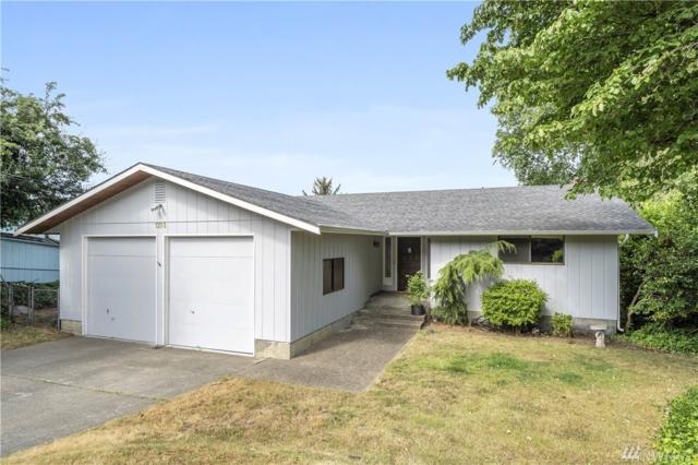 1351 Country Club Dr, Camano Island, WA 98292 (#1485444) :: Platinum Real Estate Partners