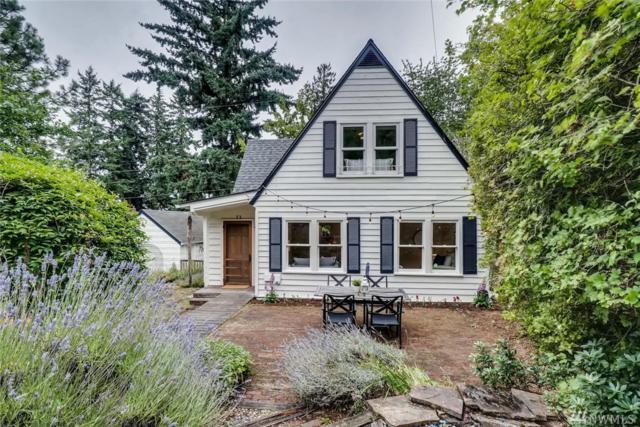 10741 Palatine Ave N, Seattle, WA 98133 (#1486061) :: Platinum Real Estate Partners