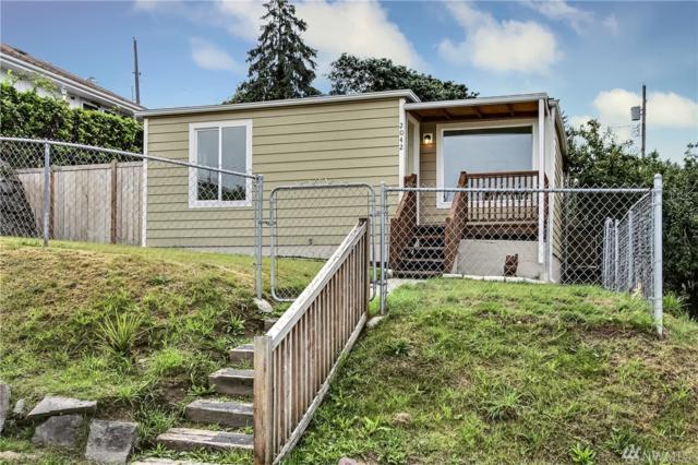 2042 E 34th St, Tacoma, WA 98404 (#1486376) :: Ben Kinney Real Estate Team