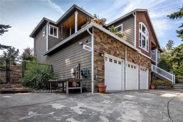 19523 61 Ave NE, Kenmore, WA 98028 (#1487111) :: McAuley Homes