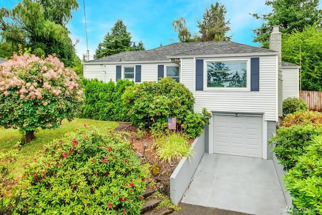 2034 NE 103rd St, Seattle, WA 98125 (#1487727) :: Northern Key Team