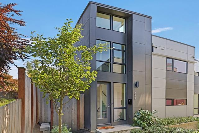 2857 S Atlantic St, Seattle, WA 98144 (#1487914) :: Real Estate Solutions Group