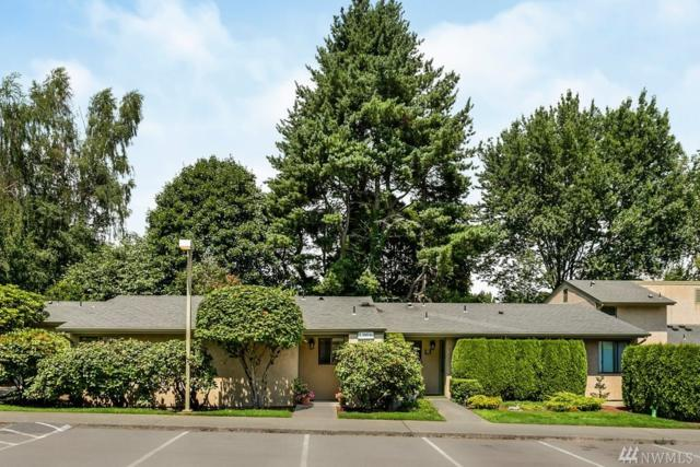 10036 NE 138th Place L2, Kirkland, WA 98034 (#1488162) :: Platinum Real Estate Partners
