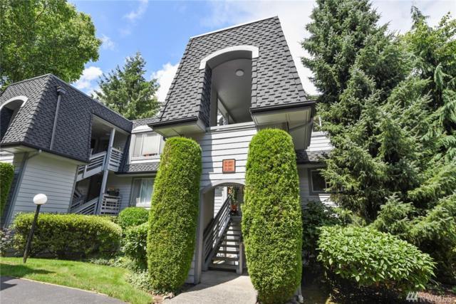 9824 NE 142nd Place D102, Kirkland, WA 98034 (#1488416) :: Real Estate Solutions Group
