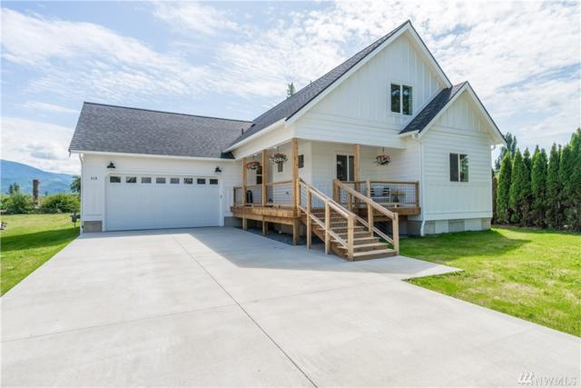 519 3 Rd Street, Sumas, WA 98295 (#1488752) :: Northern Key Team