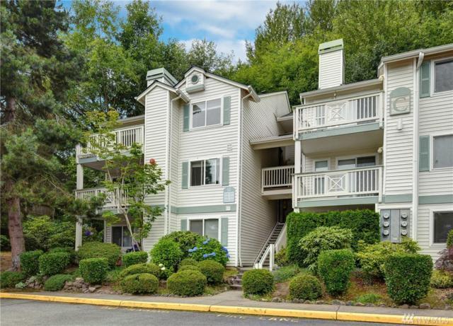 9910 NE 137th St C-308, Kirkland, WA 98034 (#1488939) :: Platinum Real Estate Partners