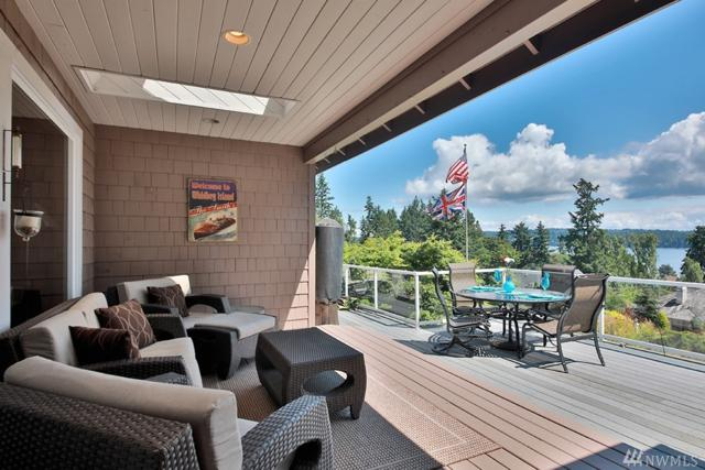 5161 Courtney Place, Freeland, WA 98249 (#1489278) :: Platinum Real Estate Partners