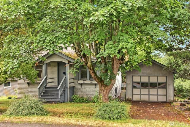 9110 32nd Ave NE, Seattle, WA 98115 (#1489288) :: Platinum Real Estate Partners