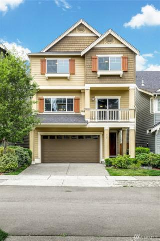 715 6th Ave NW, Issaquah, WA 98027 (#1489381) :: Ben Kinney Real Estate Team