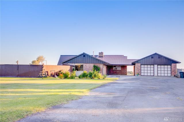 226 N Crestview Dr, Moses Lake, WA 98837 (MLS #1489604) :: Nick McLean Real Estate Group